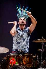 Andrea Marongiu, baterista de Crystal Fighters, Bilbao BBK Live, 2014