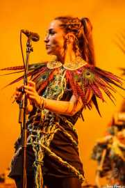 Clarissa Land, cantante de Crystal Fighters, Bilbao BBK Live, 2014