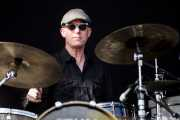 Stephen Pitkin, baterista de Elliott Brood, Bilbao BBK Live, 2014
