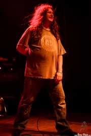 Tony Reflex, cantante de Adolescents, Kafe Antzokia, 2014