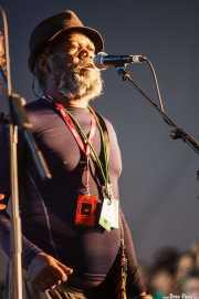 """Robert """"Pnut"""" Johnson, cantante de George Clinton's Parliament Funkadelic, Donostiako Jazzaldia - Zurriola, 2014"""