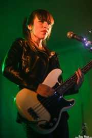 Coni Duchess, bajista y cantante de Cápsula