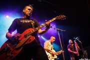 Carlos Beltrán -guitarrista-, Julen Armas -guitarrista y cantante- y Victor Martín -contrabajista- de The Weapons (24/08/2014)