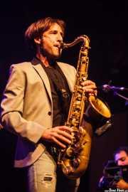 Joe González, saxofonista de Doctor Deseo (06/09/2014)