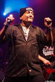 """Richard """"Handsome Dick"""" Manitoba -cantante- y Dean """"The Dream"""" Rispler -bajista- de The Dictators NYC (17/10/2014)"""