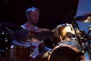 Patrik Heikinpieti, baterista de Mando Diao, Bilbao Exhibition Centre (BEC). 2014