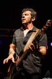 Ed Strohsahl, bajista de Nikki Hill, Ficoba. 2014