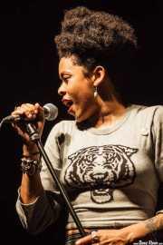 Nikki Hill, cantante, Ficoba. 2014