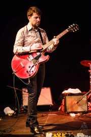 Iñigo Ortiz de Zárate, guitarrista y organista de The Allnighters, Sala Cúpula (Teatro Campos Elíseos). 2014