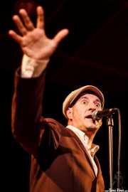 """Iñaki García """"Igu"""", cantante y armonicista de The Allnighters, Sala Cúpula (Teatro Campos Elíseos). 2014"""