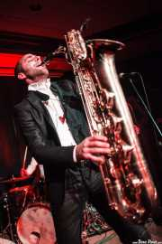Fred Gardette, saxofonista de The Buttshakers, Kafe Antzokia. 2014