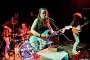 Tomas Olaizola -bajista-, Esteban Gaviria -baterista-, Ana Pérez -cantante y guitarrista- y Michael Vera, guitarrista de Educados, Sala Cúpula (Teatro Campos Elíseos). 2014