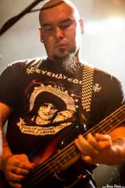Mike Pygmie, bajista de John Garcia, Kafe Antzokia. 2014