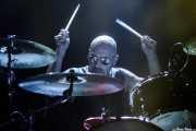Greg Saenz, baterista de John Garcia, Kafe Antzokia. 2014