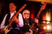 "Russ Wilkins -bajista y guitarrista- y Eric Goulden ""Wreckless Eric"" -cantante y guitarrista- de The Len Bright Combo, Purple Weekend Festival. 2014"