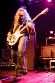 Iago Alvite, bajista de Los Eskizos, Purple Weekend Festival. 2014