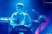 Xavi G. Pereiro, baterista de Novedades Carminha, Santana 27. 2014