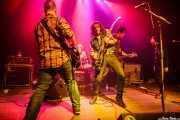Ander Mujika -guitarrista-, Felix Buff -baterista-, Xan Bidegain -bajista-, Joseba B. Lenoir -guitarrista y cantante- y Miren Narbaiza -cantante- de Joseba B. Lenoir Trio & Napoka Iria, Kafe Antzokia, Bilbao. 2015