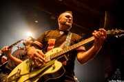 Txus Maraví -guitarra- y Brigi Duke -batería, aqui con guitarra- de El Drogas, Kafe Antzokia, Bilbao. 2015