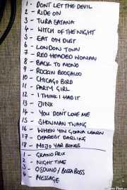 Setlist de The Dustaphonics, Kafe Antzokia, Bilbao. 2015