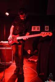 Edu Pascual Ausucua, bajista de Jesucrista, La Ribera, Bilbao. 2015
