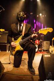 Eddie Angel, guitarrista de Los Straitjackets, Kafe Antzokia, Bilbao. 2015