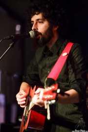 Alex Barrio, cantante y guitarrista de Gerente, La Ribera, Bilbao. 2015