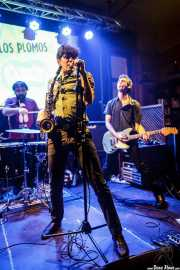 Mr. Smoky -batería-, Fernando Ulzión -saxo y voz- y Zala Pellejo -guitarra- de Los Plomos, Hika Ateneo, Bilbao. 2015