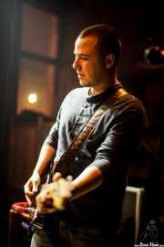 Ander Mujika, guitarrista de Joseba B. Lenoir Gang, Hika Ateneo, Bilbao. 2015