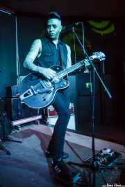 Rene D La Muerte, cantante y guitarrista de The Brains, Kafe Antzokia, Bilbao. 2015
