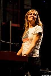"""Marta Ruiz, teclista """"Hammond"""" de Sex Museum, Kafe Antzokia, Bilbao. 2015"""