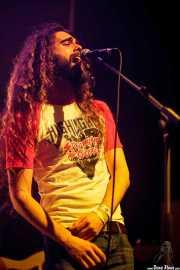 Iñigo L. Agudo -de Quaoar-, cantante, invitado de Last Fair Deal, Bilbao. 2015