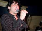 "Ricardo Ibáñez ""Ricky"", cantante de Dirty Jackets (Palladium, Bilbao, 2003)"