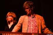 Karen Grotberg -teclado- y Kraig Jarret Johnson -guitarra- de The Jayhawks, Kafe Antzokia, Bilbao. 2015
