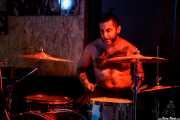 Saul, baterista de The Capaces, Satélite T, Bilbao. 2015