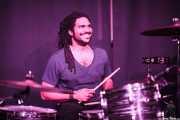 Adam Williams, baterista de John the Conqueror, Kafe Antzokia, Bilbao. 2015