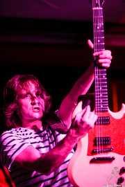 Juan Irazu, guitarrista de Bullet Proof Lovers, Kafe Antzokia, Bilbao. 2015