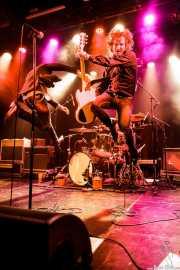 Kurt Baker -voz- y Juan Irazu -guitarra- de Bullet Proof Lovers, CC Larratxo KE, Donostia / San Sebastián. 2015