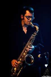 """Guillermo """"Willy"""" García, saxofonista de Mike Farris, Social Antzokia, Basauri. 2015"""