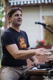 Stéphane Séva, cantante y washboard de Doc Scanlon's Swingsters, Gastroswing 2015 - RAL Club, Murgía. 2015