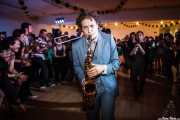 Dann Lipsitz -clarinete y saxofón-, Jesse Selengut -trompeta-, Jake Handeman -trombón-, Cassydy Holden -contrabajo- y Juli Aymi -clarinete invitado- de The Gordon Webster Band, Gastroswing - Artium, Vitoria-Gasteiz. 2015