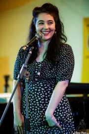 Tatiana Anne-Marie, cantante de The Gordon Webster Band, Gastroswing - Artium, Vitoria-Gasteiz. 2015