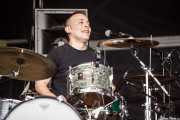 Manuel Brey Villar, baterista de MadMartin Trio, Azkena Rock Festival, Vitoria-Gasteiz. 2015