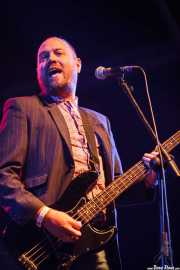 Dan Sealey, bajista de Ocean Colour Scene, Azkena Rock Festival, Vitoria-Gasteiz. 2015