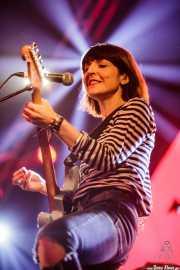 Cristina Llanos, cantante y guitarrista de Dover, Bilbao BBK Live, Bilbao. 2015
