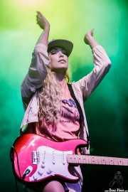 Katie White, cantante y guitarrista de The Ting Tings, Bilbao BBK Live, Bilbao. 2015