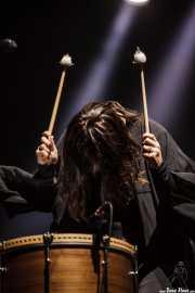 Nanna Bryndís Hilmarsdóttir, cantante y guitarrista de Of Monsters and Men, Bilbao BBK Live, Bilbao. 2015