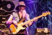 Levell Price, bajista de Eric Sardinas & Big Motor, Getxo & Blues - Pza. Biotz alai, Getxo. 2015