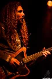 Charlie Moothart, cantante y guitarrista de Fuzz, Kafe Antzokia, Bilbao. 2015