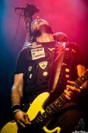 Mr. Hell, bajista de Toni Metralla y los Antibalas, Kafe Antzokia, Bilbao. 2015